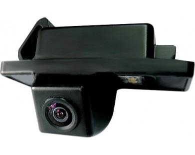 Камера заднего вида MyDean VCM-302C для Nissan Patrol от 10 г.в.