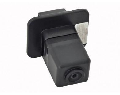 Камера заднего вида Incar VDC-105 для Subaru XV от 12 г.в.
