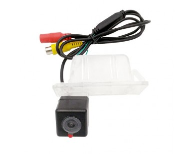 Камера заднего вида SWAT VDC-118 для Lada Xray