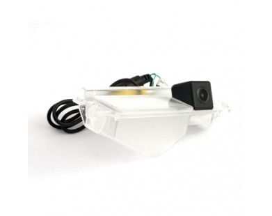 Камера заднего вида SWAT VDC-115 для Nissan Micra