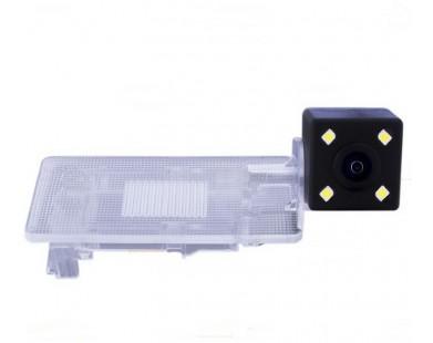 Камера заднего вида для Volkswagen Passat 2011 г.в. (Silver Star)