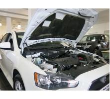 Упоры капота для Mitsubishi Lancer X от 2011 г.в.