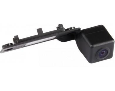 Камера заднего вида MyDean VCM-380C для Volkswagen Golf V 03-08 г.в.