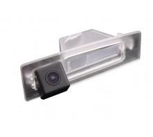 Камера заднего вида с динамической разметкой Pleervox для Mazda 3 седан от 2013 г.в