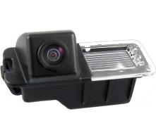 Камера заднего вида MyDean VCM-381C для Volkswagen Golf VII от 13 г.в.