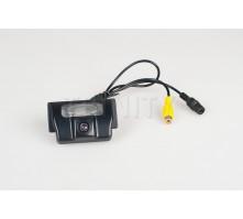 Камера заднего вида Motevo MA-36 для Suzuki SX-4 (sedan)