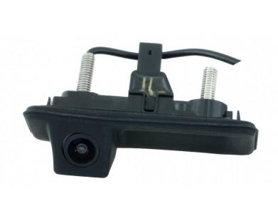 Камера заднего вида Intro VDC-084 для Skoda Fabia 2007-2013 г.в.