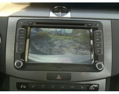 Камера заднего вида для Volkswagen в эмблему (Motevo)